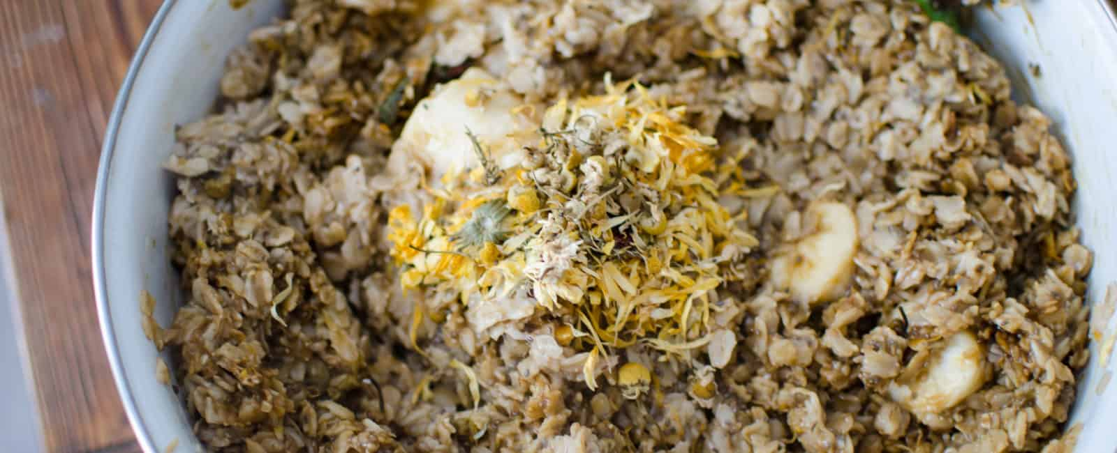 Herbal Oatmeal for Chickens