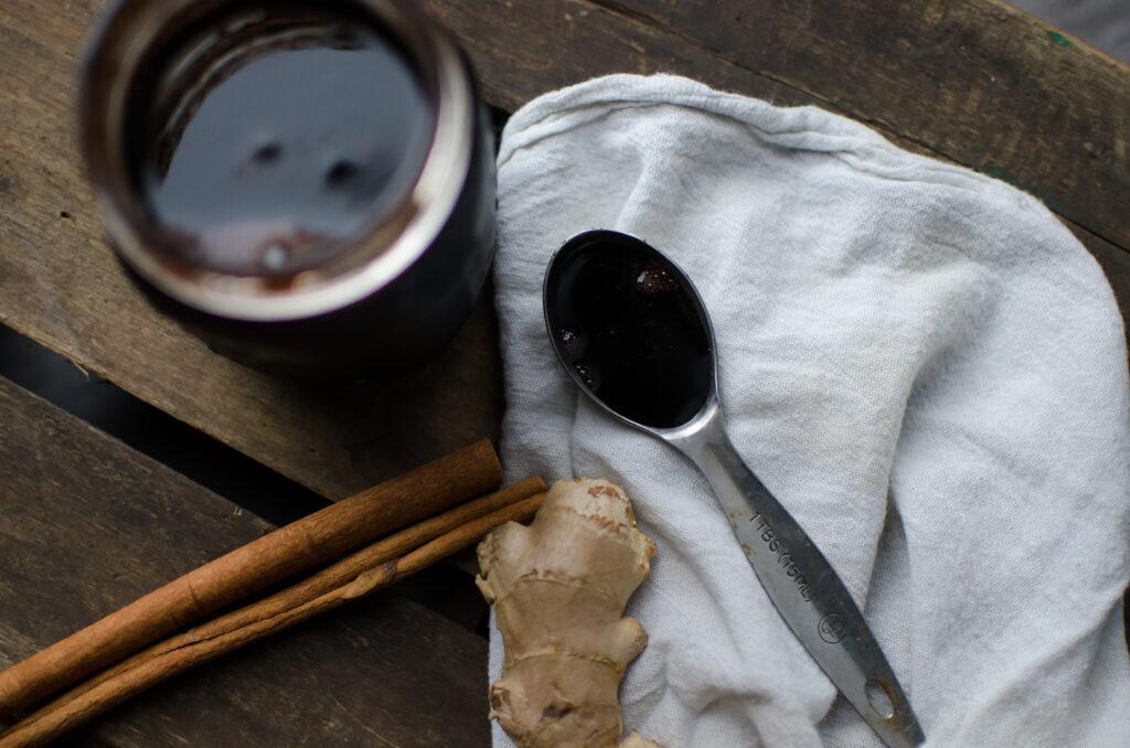 Elderberry syrup, natural antiviral herbs