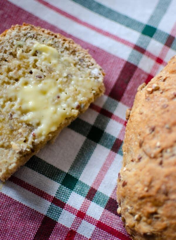 Seedy Bread | Healthy Wholegrain Bread Recipe